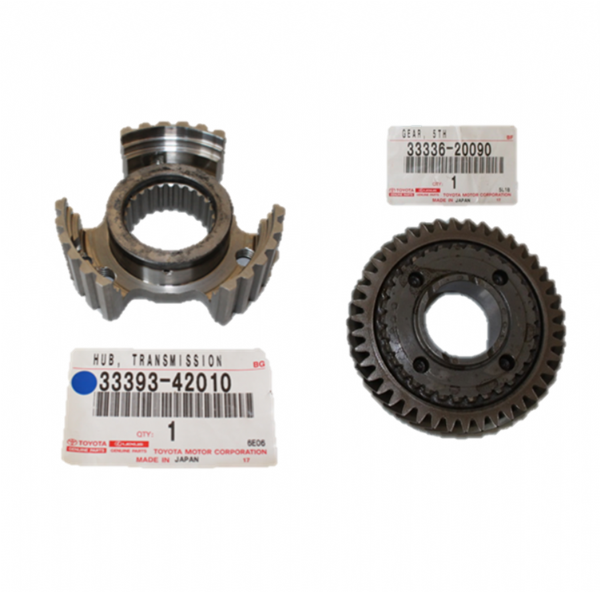 Genuine Toyota 5th Gear and Hub ONLY 33336-20090 & 33393-42010